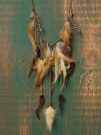 Leaping Feather & Chain Necklace