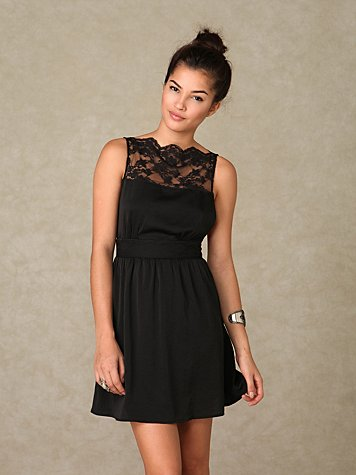 Solid Lace Neck Dress