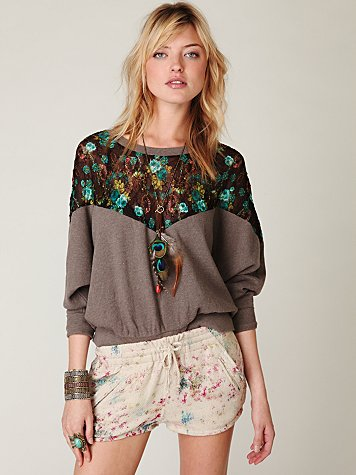 Lace Inset Pullover Sweatshirt