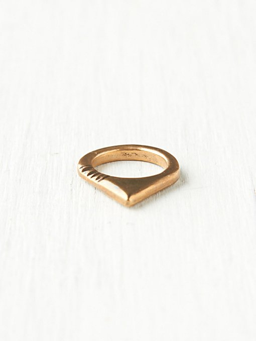 Dion Ring
