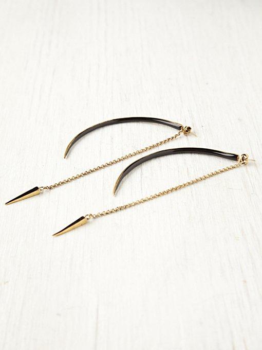 Seba Black Curved Earrings