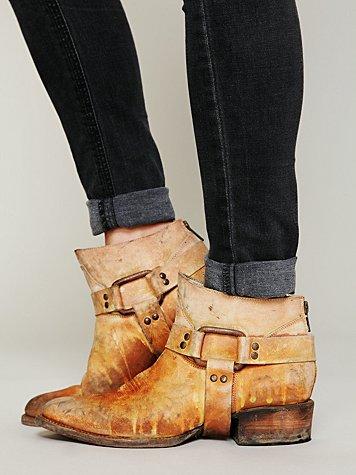 Short River Boot