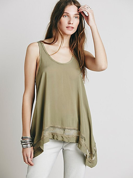 Outlined High Low Cami