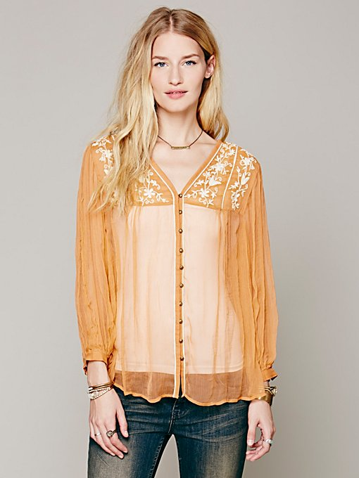 Embroidered Piping Buttondown