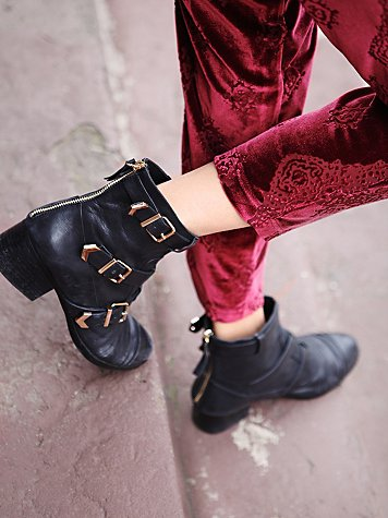 Shooting Arrow Ankle Boot