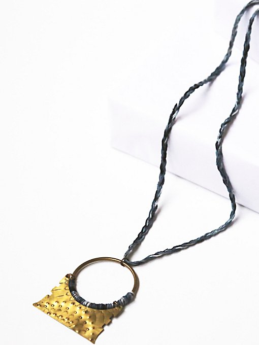 Dakoro Pendant