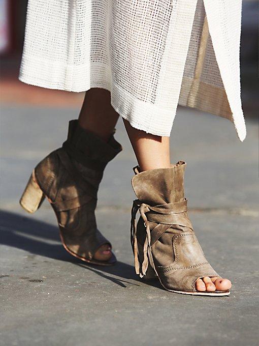 Daydream Heel Boot