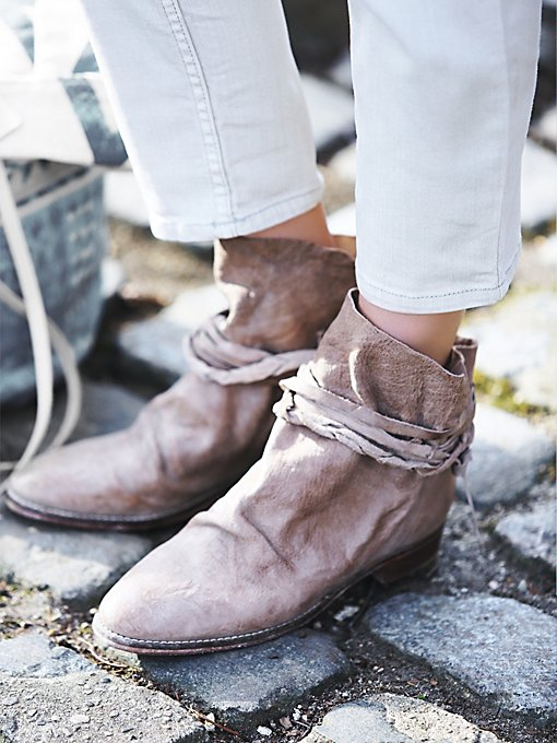 Moonshine Wrap Boot