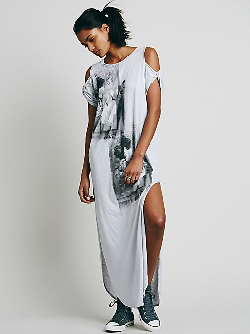 We The Free Kick Around Graphic Maxi