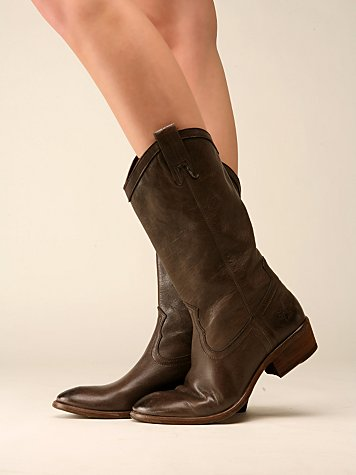 Carson Pullon Boot by Frye